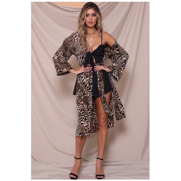 ec1e48abd LAST 2 | 5🌟 Runaway The Label Reow Kimono Leopard. Boutique. Edge Style  Boutique
